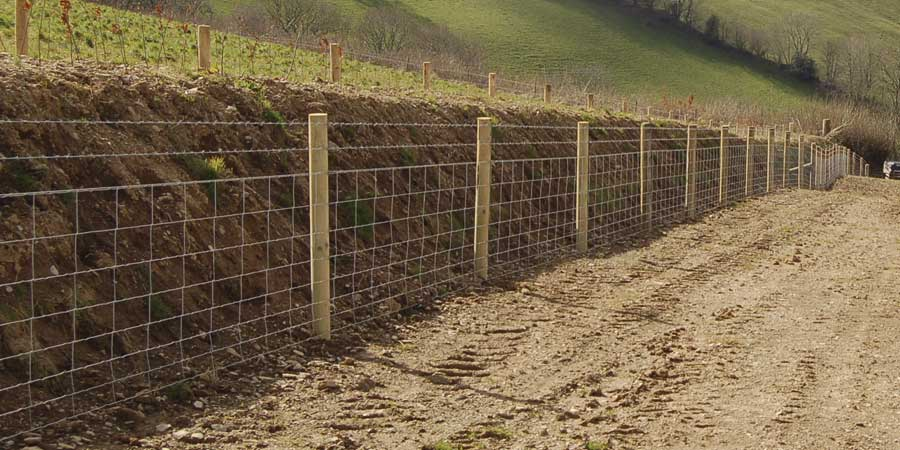 Post Amp Rail And Stock Fencing Ks Fencing